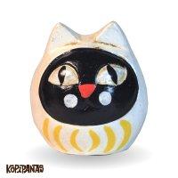 だるま猫 白頭巾黒猫